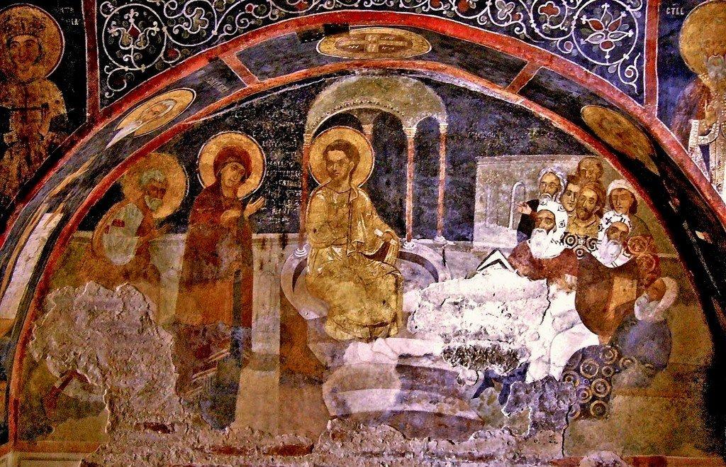 Преполовение Пятидесятницы. Фреска церкви Святых Николая и Пантелеимона (Боянской церкви) близ Софии, Болгария. XIII век.