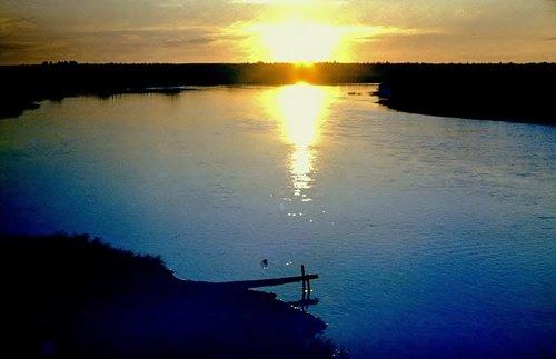 Вечером на реке