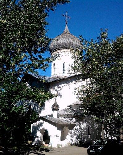 Церковь Николы со Усохи XV века во Пскове