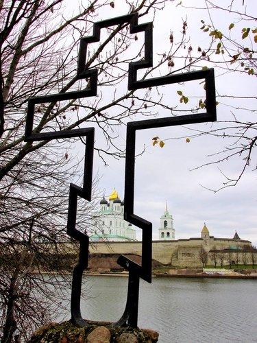 Ольгинский крест во Пскове